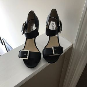 Michael kors Black Leather Platform Peep Toe shoe